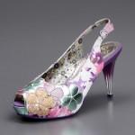 mor çiçekli ayakkabı