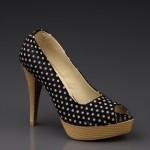 Siyah beyaz puantiyeli Ayakkabı