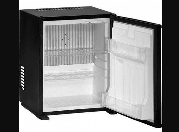 mini otel buzdolabı siyah renkli az kullanılmış tertemiz bir ürün